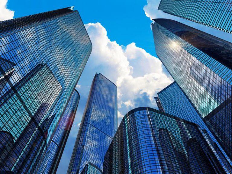 Notariusz a poświadczenia podpisów na umowie sprzedaży udziałów spółki